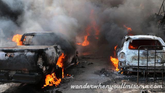 รถบรรทุกระเบิด ทำให้มีผู้เสียชีวิตอย่างน้อย 18 คนจากเหตุระเบิดรถบรรทุกในเมืองอัลบับ ที่อยู่ภายใต้การควบคุมของประเทศกีทางตะวันตกเฉียงเหนือของซีเรีย ทั้งนี้เจ้าหน้าที่ติดตามสงครามนักเครื่อนไหวและแพทย์ได้กล่าวว่า การระเบิดเมื่อวันอังคารที่ผ่านมาใกล้กับสถานนีขนส่งทำให้มีผู้บาดเจ็บอย่างน้อย 75 คน และบางคนบาด