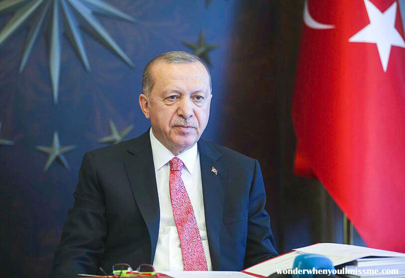 Turkey Erdogan ประธานาธิบดีของตุรกีได้ไล่ออกผู้ว่าการธนาคารกลางซึ่งในช่วงสี่เดือนที่เขาดำรงตำแหน่งได้รับการยกย่องจากนักลงทุนในเรื่องการ